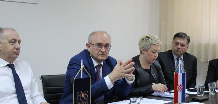 Priopćenje predsjednika Glavnog vijeća dr. Bože Ljubića
