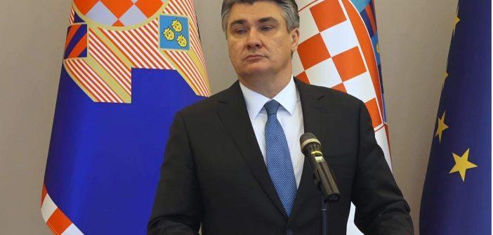 Milanović odlikovao postrojbe HVO-a: Spašavali ste Bihać, oslobađali Hrvatsku